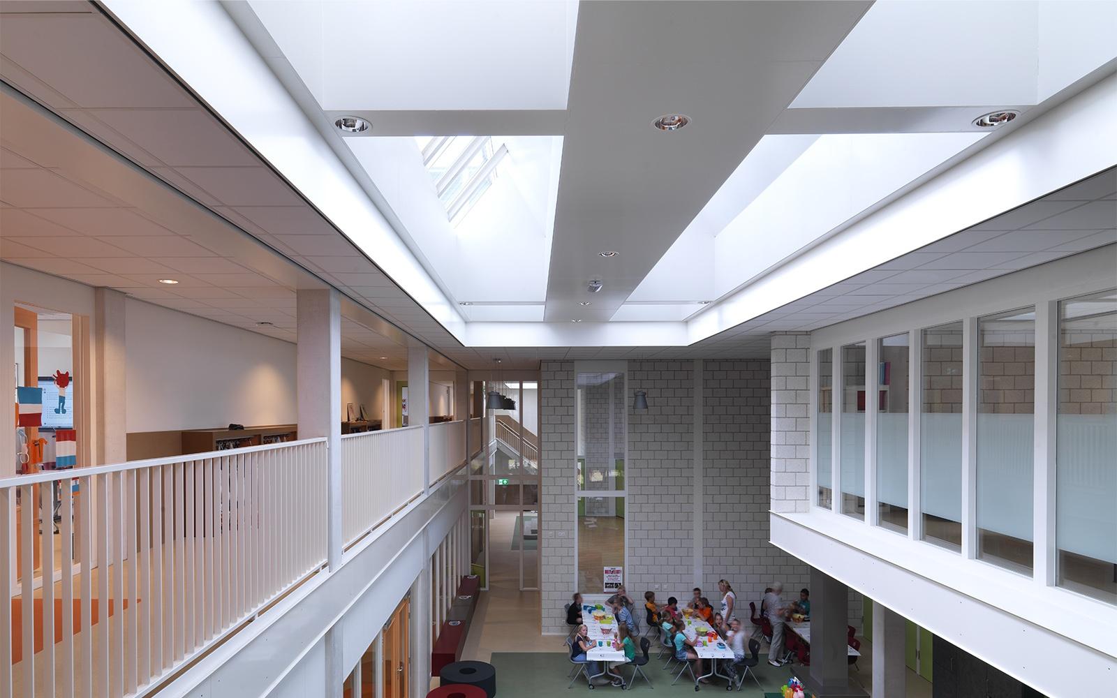 Architectural lighting design in school